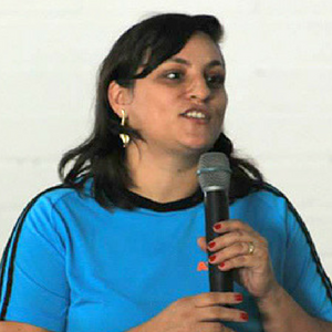 Juliana Pompeo Helpa