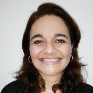 Kelli Cristina Cerri Messias de Castro